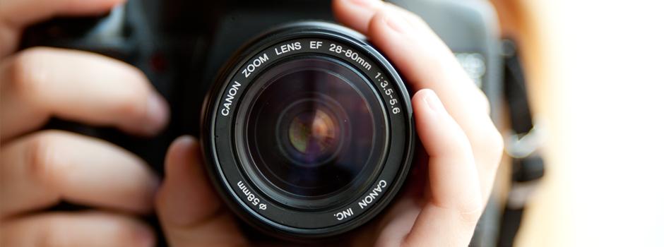 http://www.fotoclases.com/wp-content/uploads/2012/12/curso-fotografia-adolecentes.jpg